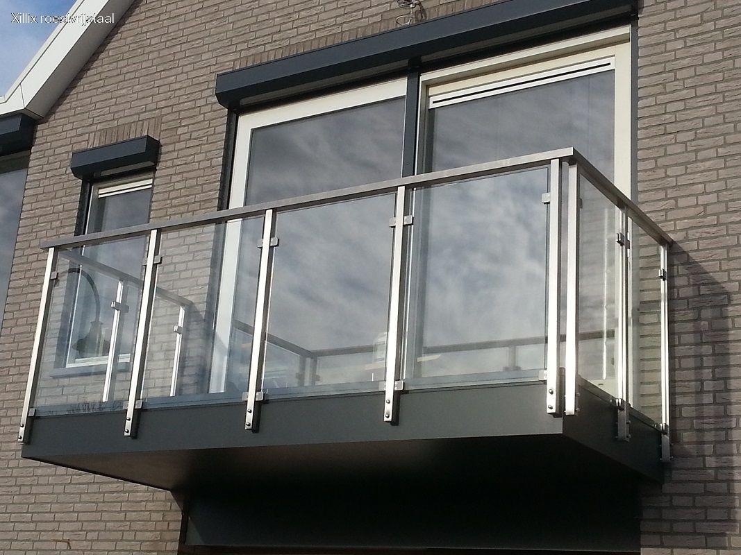 xillix-rvs-strak-balkonhekwerk-glas 20150116.jpg