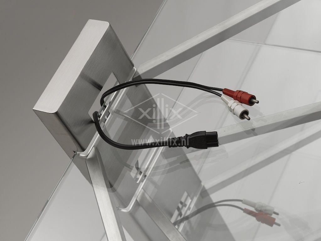 op maat gemaakt audio-meubel xillix.nl rvs met glas