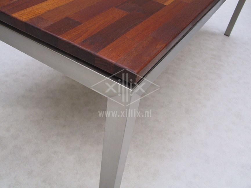 eetkamertafel xillix.nl met massief acacia blad