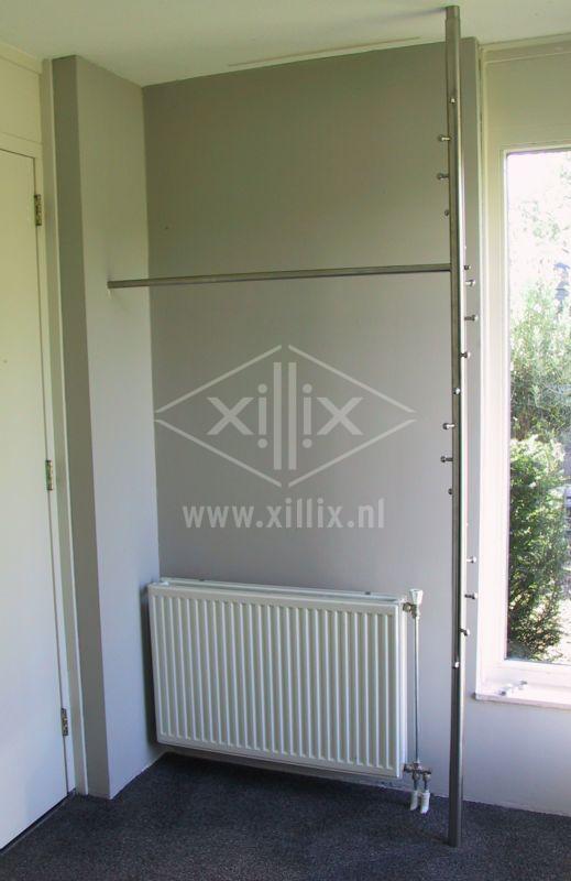 op maat gemaakte verticale rvs kapstok stang xillix.nl
