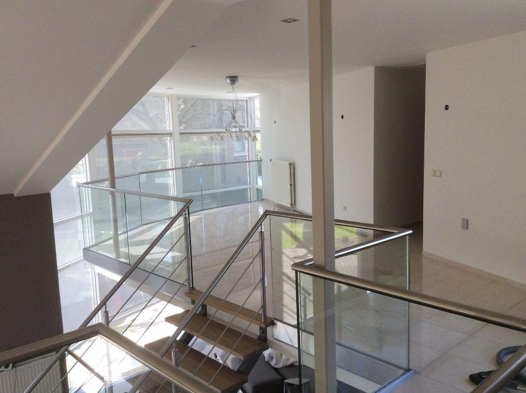 Xillix-rvs-glazen-balustrades.JPG